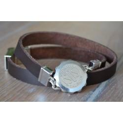 S.O.S armband uitgevoerd in bruin leder